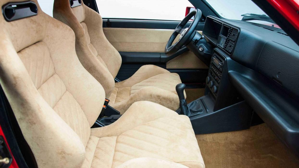 Lancia Delta Integrale Evo II Sedici | Weekend Heroes